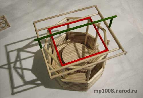 Я сначала хотел сделать сложную многоугольную крышу.